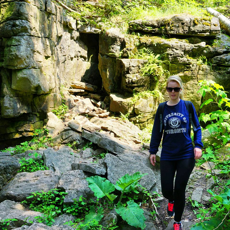 Hiking The Bruce Trail: Limehouse, Devil's Pulpit and Rattlesnake Point