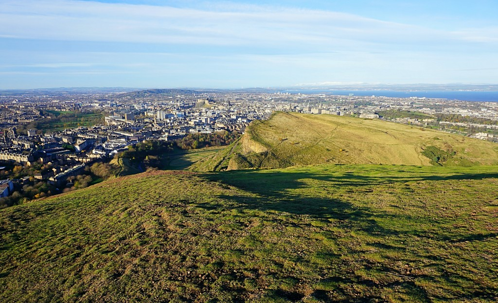 Best Travel Guide Edinburgh