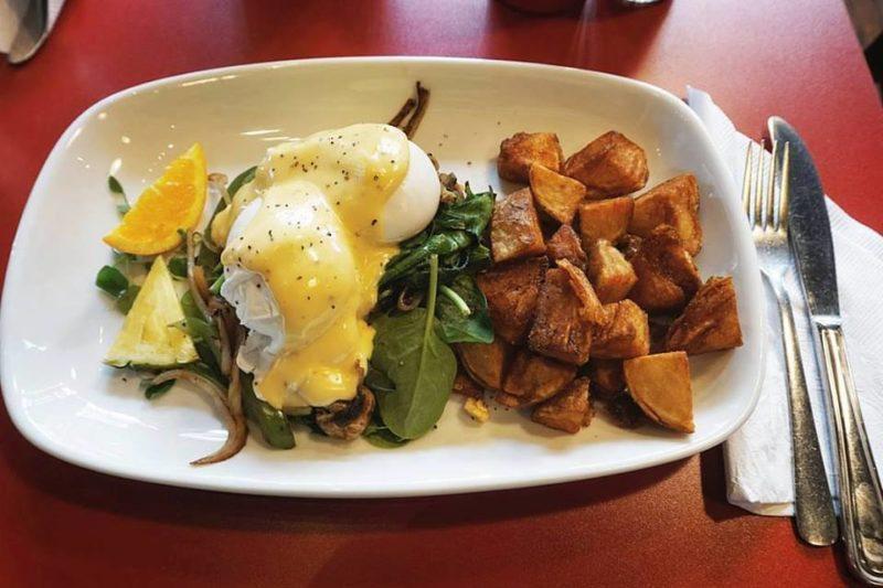 3 must-try breakfast restaurants in Victoria, BC