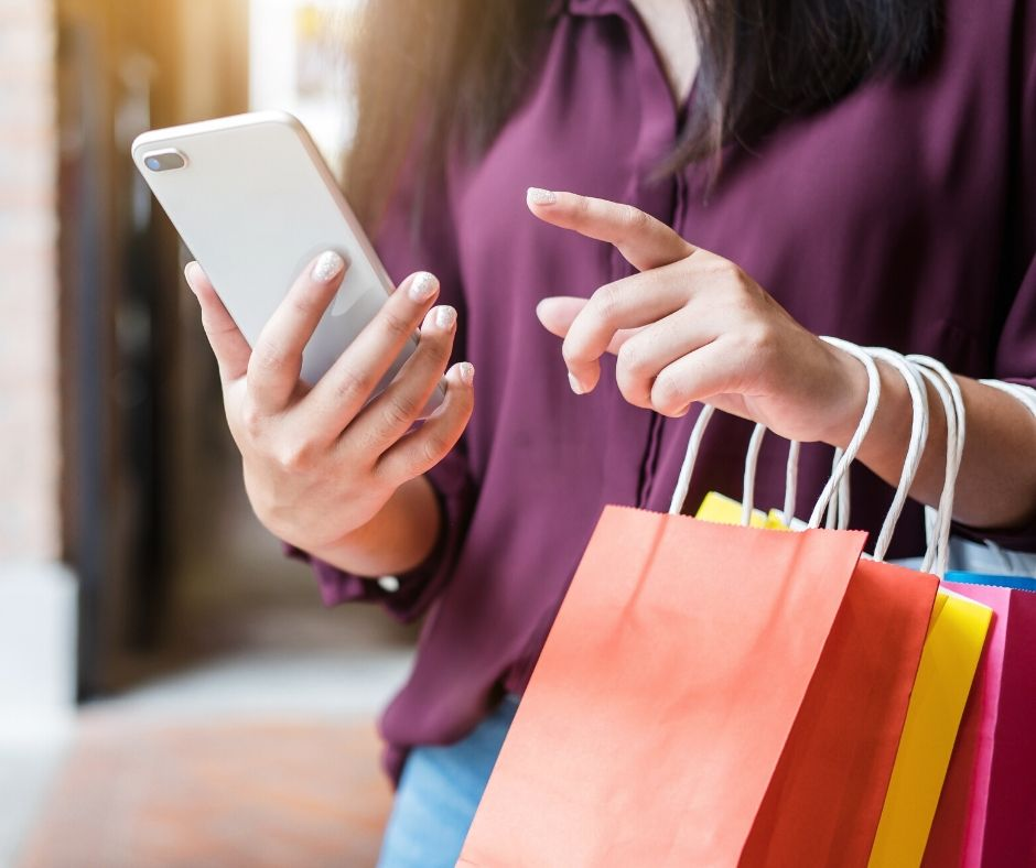 10 Black Friday Tips to Help You Shop on a Budget